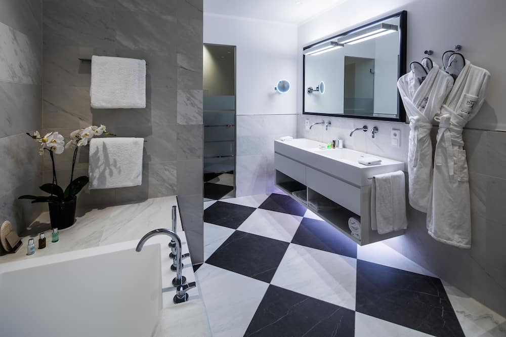 Executive Double Room, 1 Katil Raja (King) - Bilik mandi