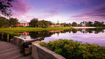 Lake Buena Vista bölgesindeki Disney's Caribbean Beach Resort resmi