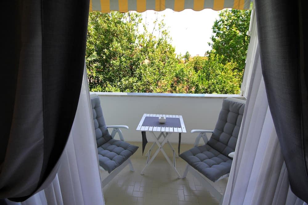 Izba typu Comfort s dvojlôžkom alebo oddelenými lôžkami, súkromná kúpeľňa - Balkón