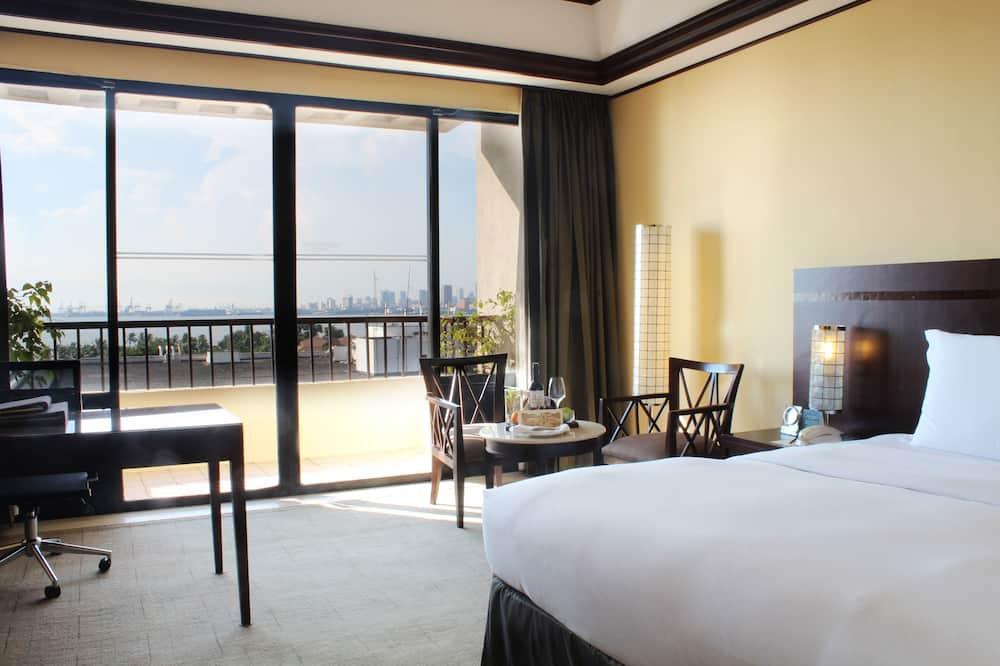חדר יוקרתי, מיטת קינג, נוף - פטיו