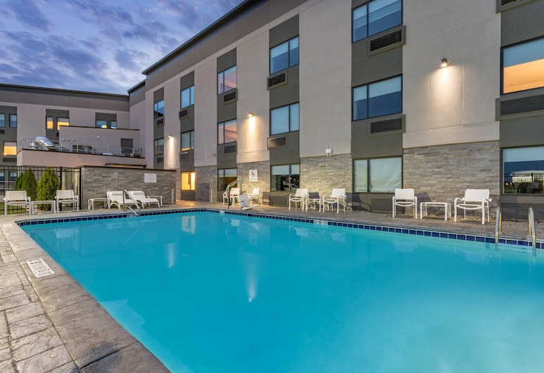 Holiday Inn Columbus, Columbus, Piscine