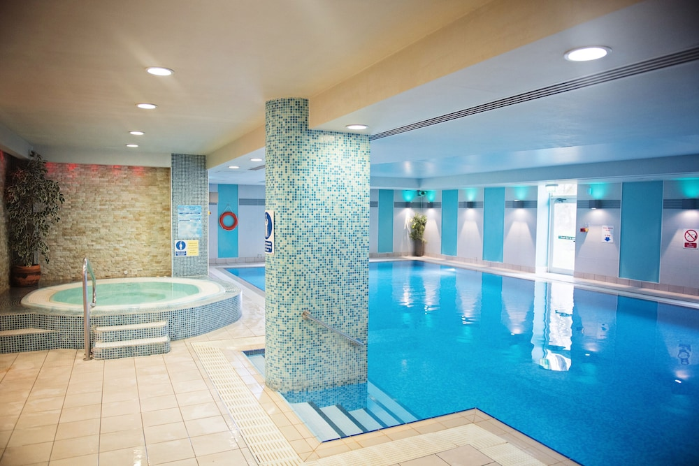 The Cheltenham Chase Hotel Pool