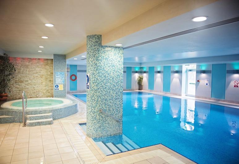 Delta hotels by Marriott Cheltenham Chase, Cheltenham, Piscina