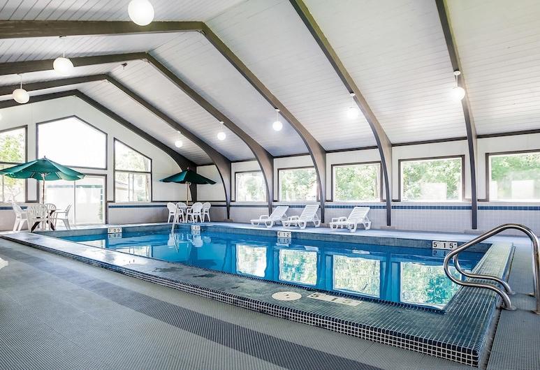 Quality Inn & Suites, Des Moines, Pool