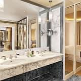 Grand Suite, 1 Bedroom, Non Smoking - Bathroom