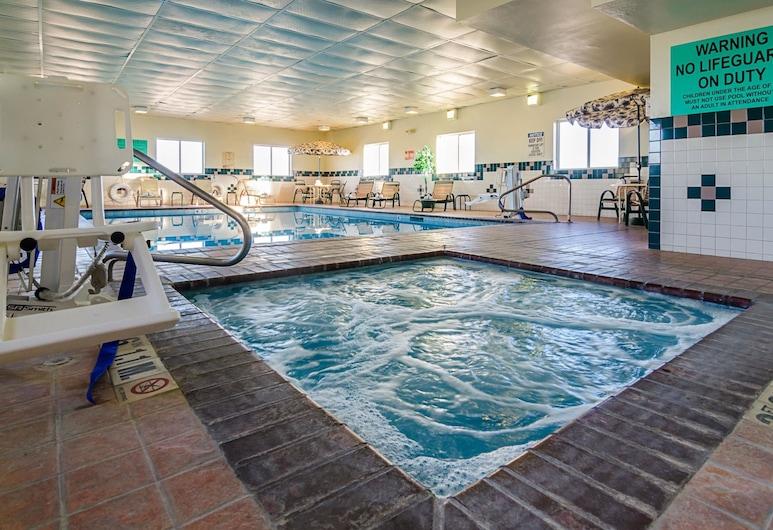 Quality Inn, Sidney, Pool