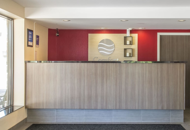 Comfort Inn London - Wellington Road, London, Lobby