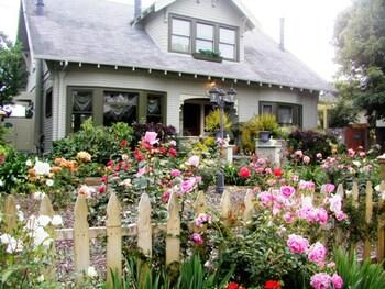 Slika: A White Jasmine Inn ‒ Santa Barbara