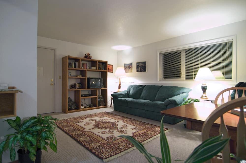 סוויטה, 2 חדרי שינה, מטבח - אזור מגורים