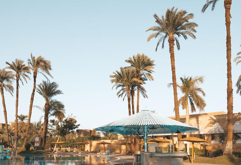 Mercure Luxor Karnak, Luxor, Poolside Bar