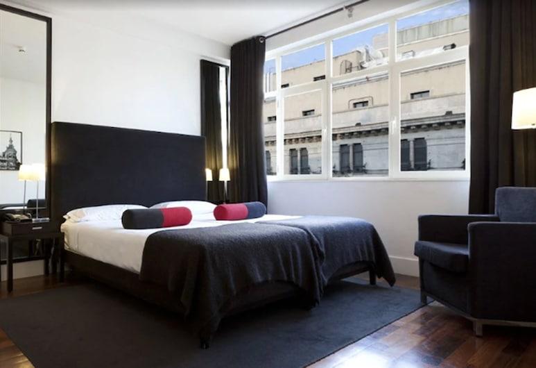 Hotel Quatro Puerta Del Sol, Madrid, Suite junior, Habitación