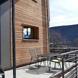 Junior Suite, 1 Queen Bed with Sofa bed, Patio, Mountainside - Balcony
