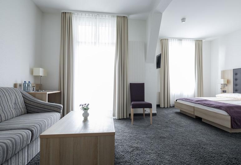 هوتل لويتشبيرج, إنترلاكن, غرفة سوبيريور مزدوجة أو بسريرين منفصلين, غرفة نزلاء