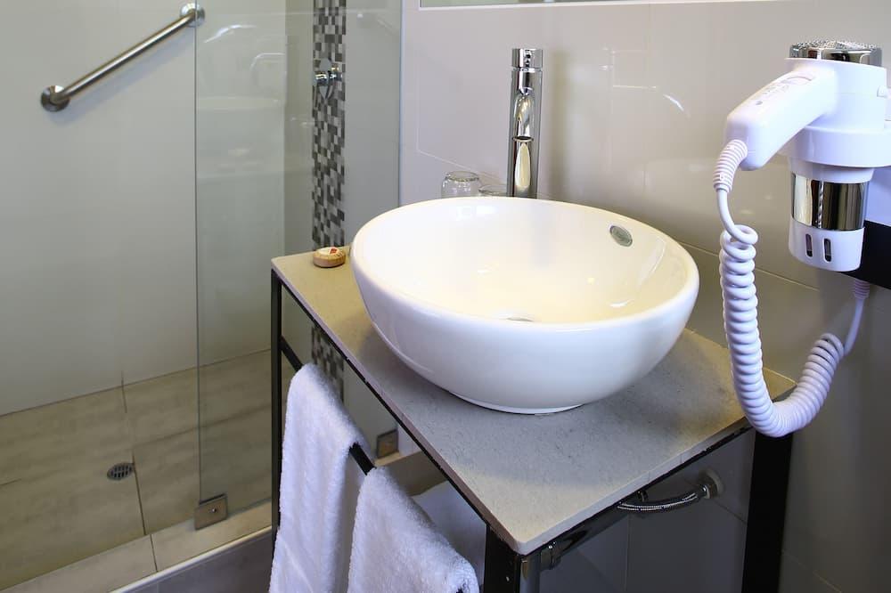 Tradičná izba, 1 dvojlôžko - Kúpeľňa