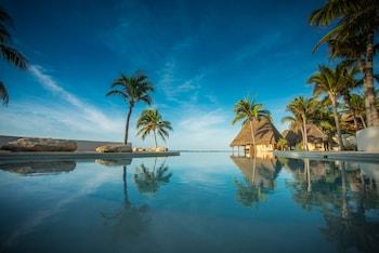 תמונה של Mahekal Beach Front Resort & Spa בפלאיה דל כרמן