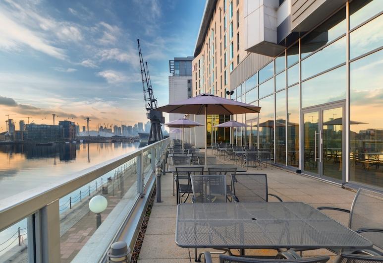 Novotel London ExCeL, London, Terrasse/veranda