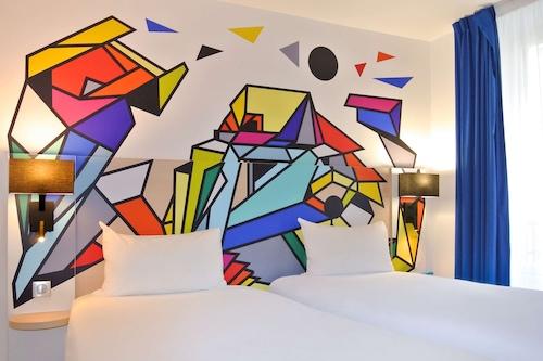 宜必思尚品巴黎缅因蒙帕納斯酒店/