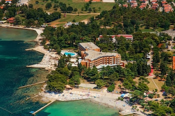 Enter your dates to get the Umag hotel deal