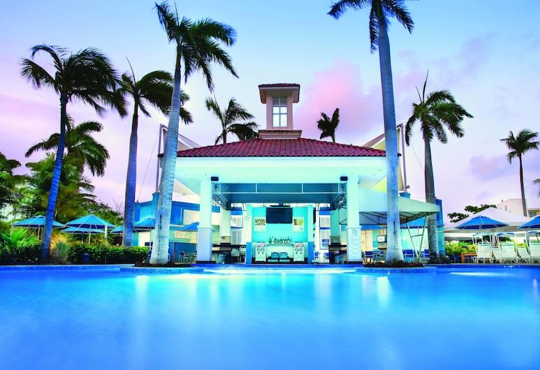 Marriott's Aruba Surf Club, נורד, בר לצד הבריכה