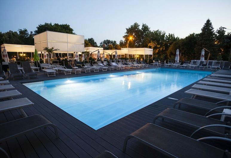 North Star Continental Resort, Timisoara, Lauko baseinas