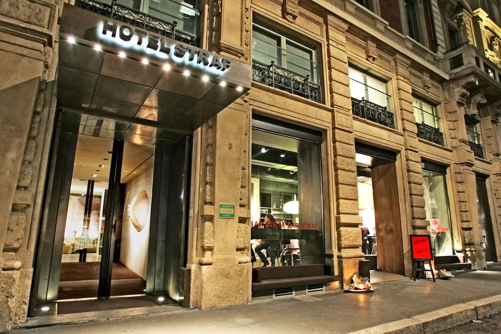 book strafhotel bar a member of design hotel in milan. Black Bedroom Furniture Sets. Home Design Ideas