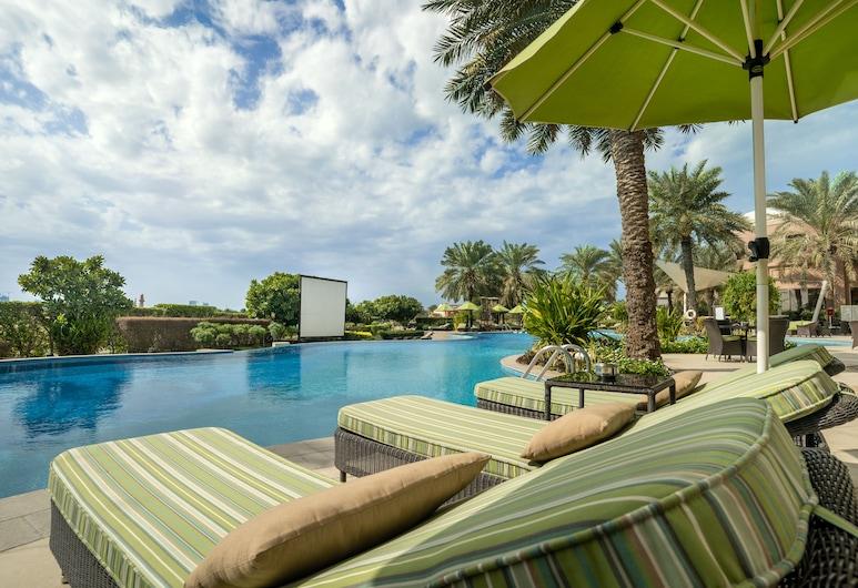 فندق موڤنبيك البحرين, المحرق, سطح مشمس