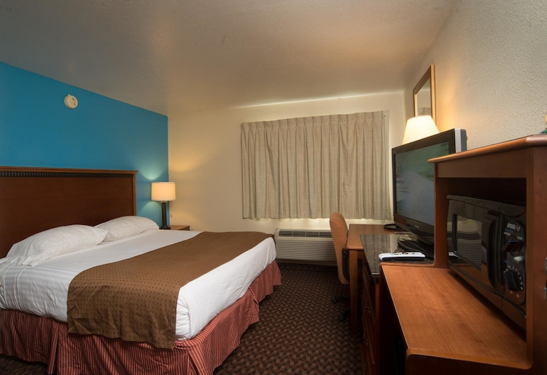 Americas Best Value Inn Lincoln Airport, Lincoln, Room, 1 King Bed, Smoking, Guest Room