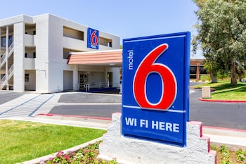 Picture of Motel 6 Phoenix Tempe - Priest Dr. in Tempe