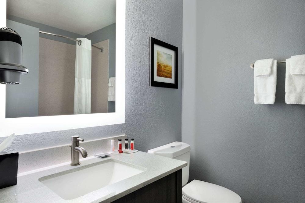 客房, 1 張特大雙人床, 非吸煙房 (Efficiency) - 浴室