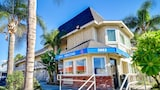 Choose this Motel in Riverside - Online Room Reservations