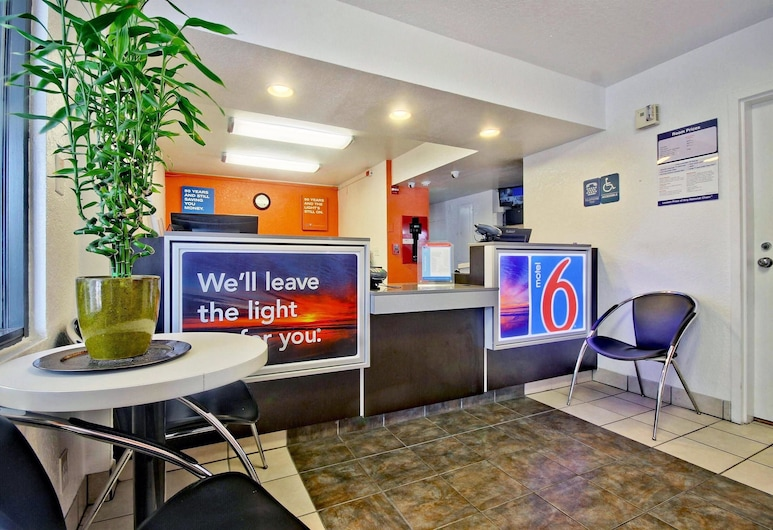 Motel 6 Dania Beach, Dania Beach, Hall