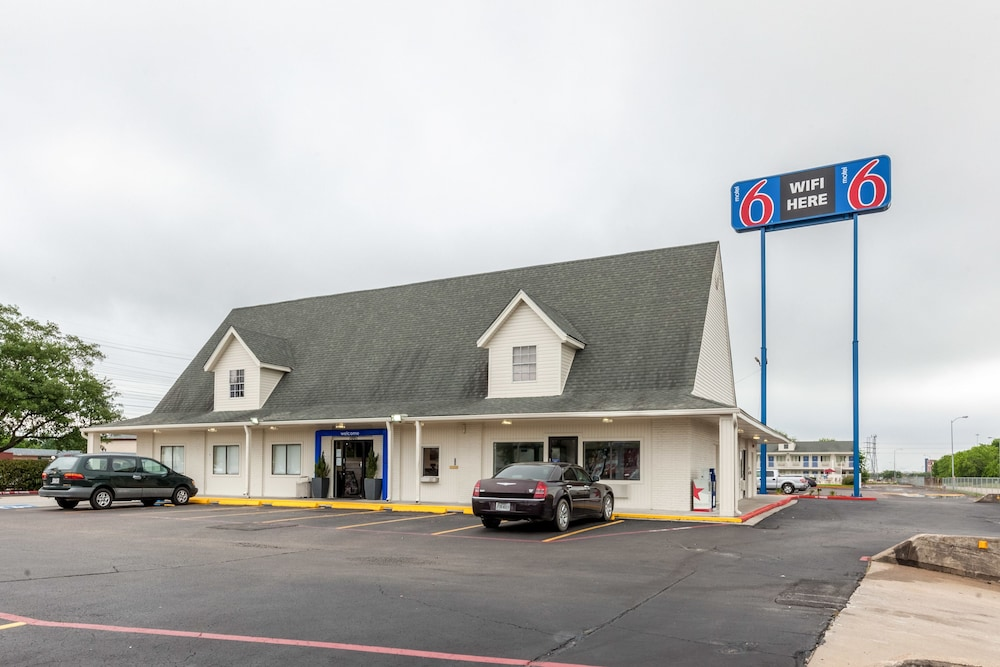Motel 6 Houston - NASA, Webster