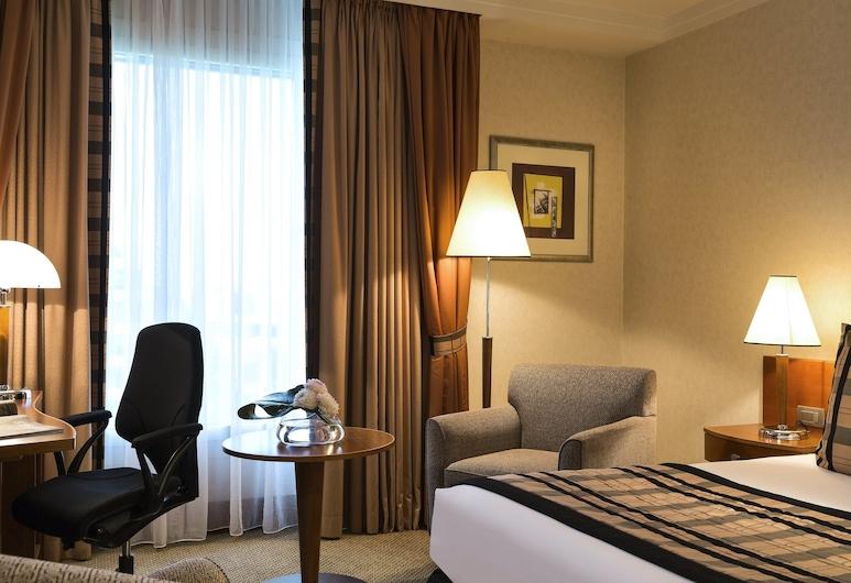 Crowne Plaza Brussels Airport, an IHG Hotel, Zaventem, Camera Club, 1 letto queen, Camera