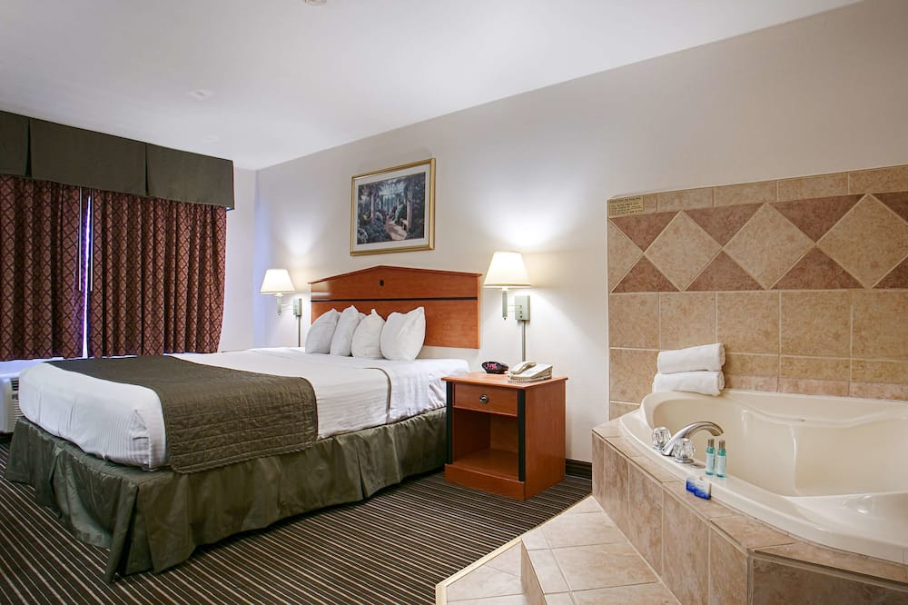 Standard Room, 1 King Bed, Non Smoking, Jetted Tub - Guest Room
