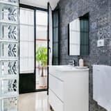 高級公寓 (2 Adults + 2 children) - 浴室