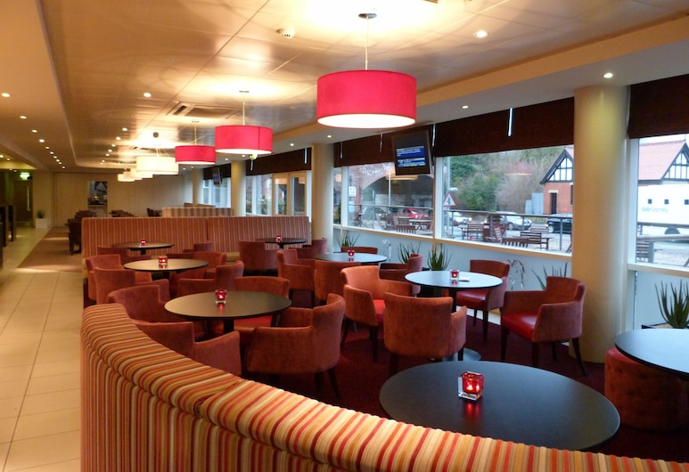 Holiday Inn Express Chester - Racecourse, Chester, Hotel Bar