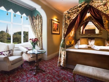 Enter your dates to get the Salisbury hotel deal