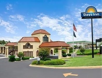 Picture of Days Inn Orangeburg in Orangeburg