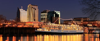 Picture of Delta King Hotel in Sacramento