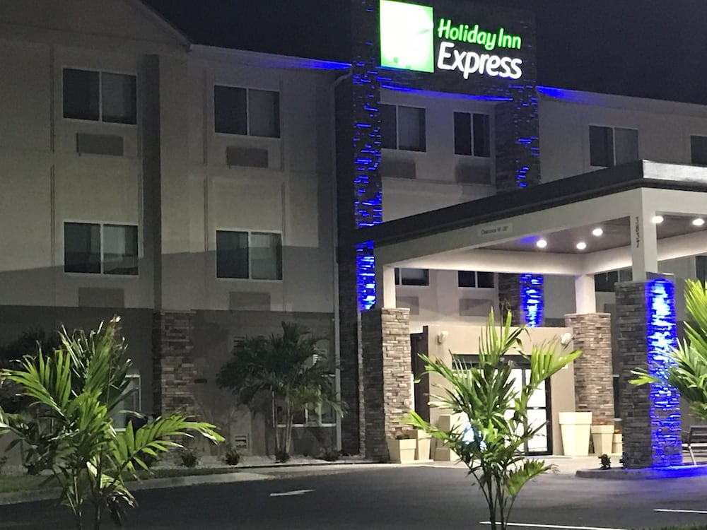 Holiday Inn Express Naples South I 75
