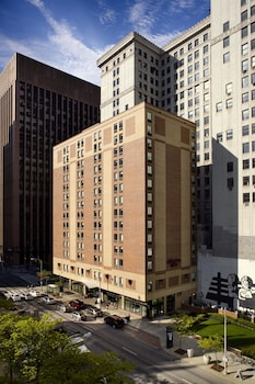 Picture of Hampton Inn Cleveland Downtown in Cleveland