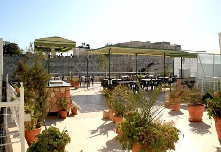 The Golden Walls Hotel, Jeruzalė, Terasa / vidinis kiemas