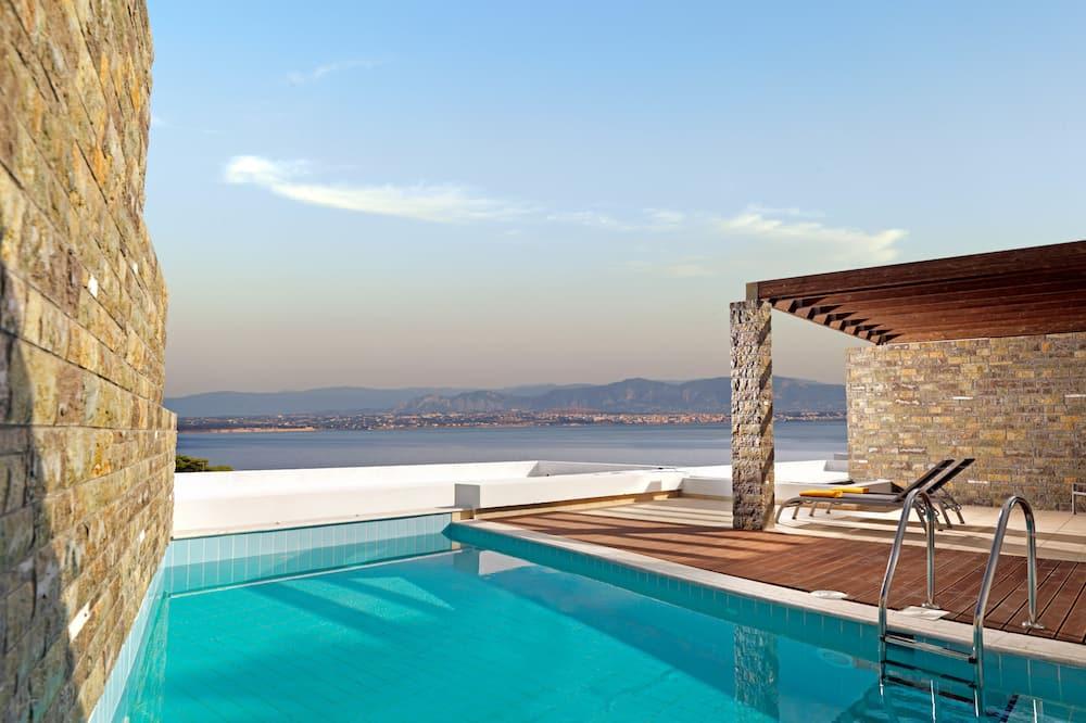 Номер-люкс категорії «Делюкс», приватний басейн, з видом на море - Номер