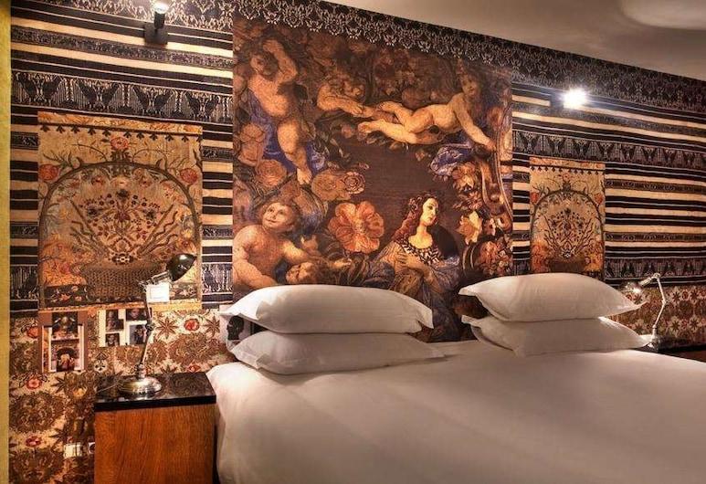 巴黎聖母院酒店, 巴黎