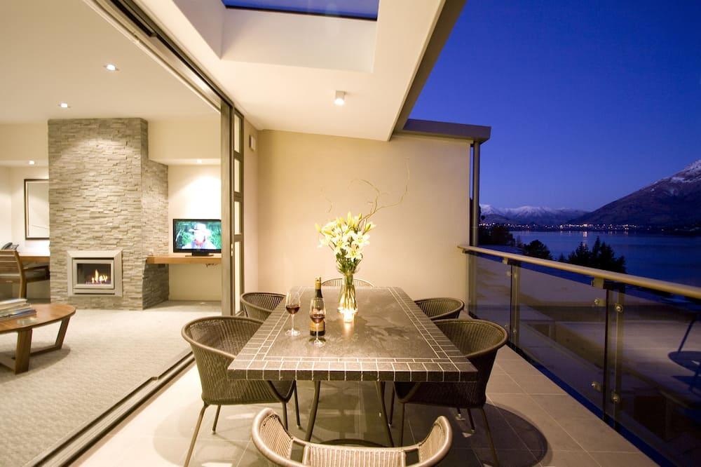 Executive Apartment, 2 Bedrooms, Lake View - Balcony