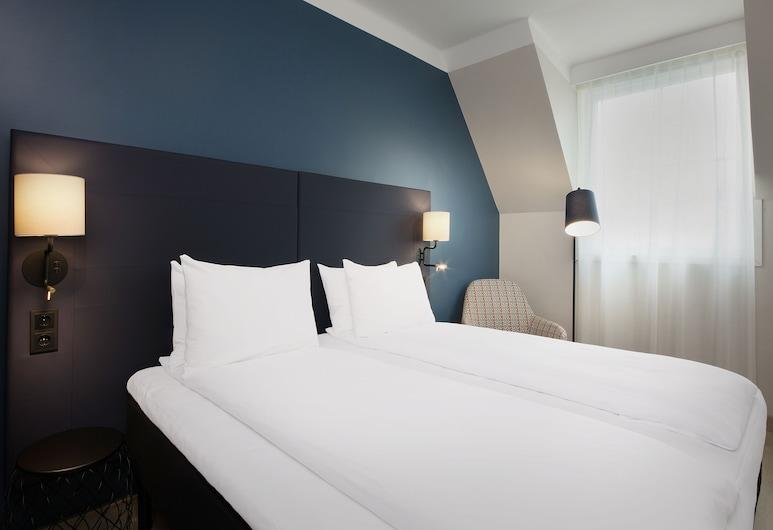 Scandic Torget Bergen, Bergen, Room, 1 King Bed, View, Guest Room View