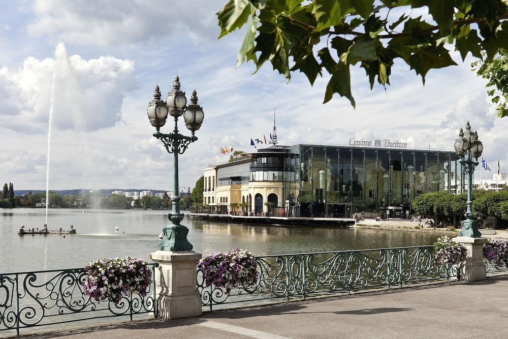 巴里爾迪拉克酒店, Enghien-les-Bains