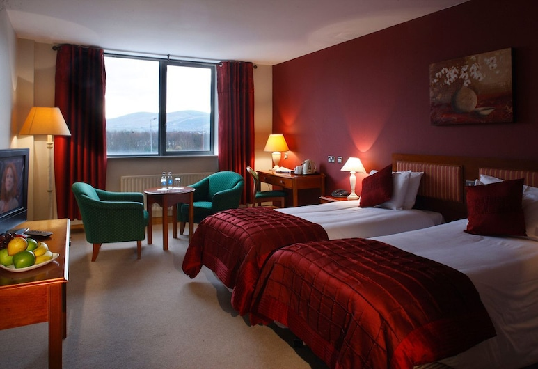 The Plaza Hotel, Dublin, Standard Twin Room, 2 Twin Beds, Guest Room