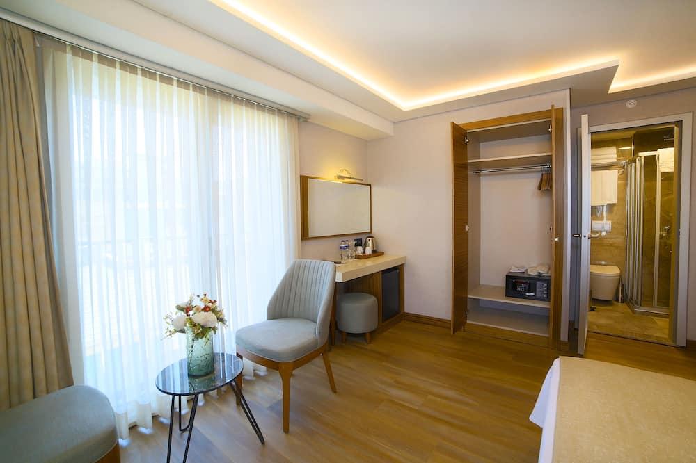 חדר סטנדרט לשלושה - אזור מגורים