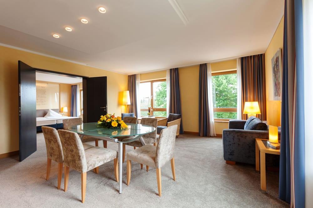 Suite, 1 Doppelbett, Nichtraucher - Wohnbereich